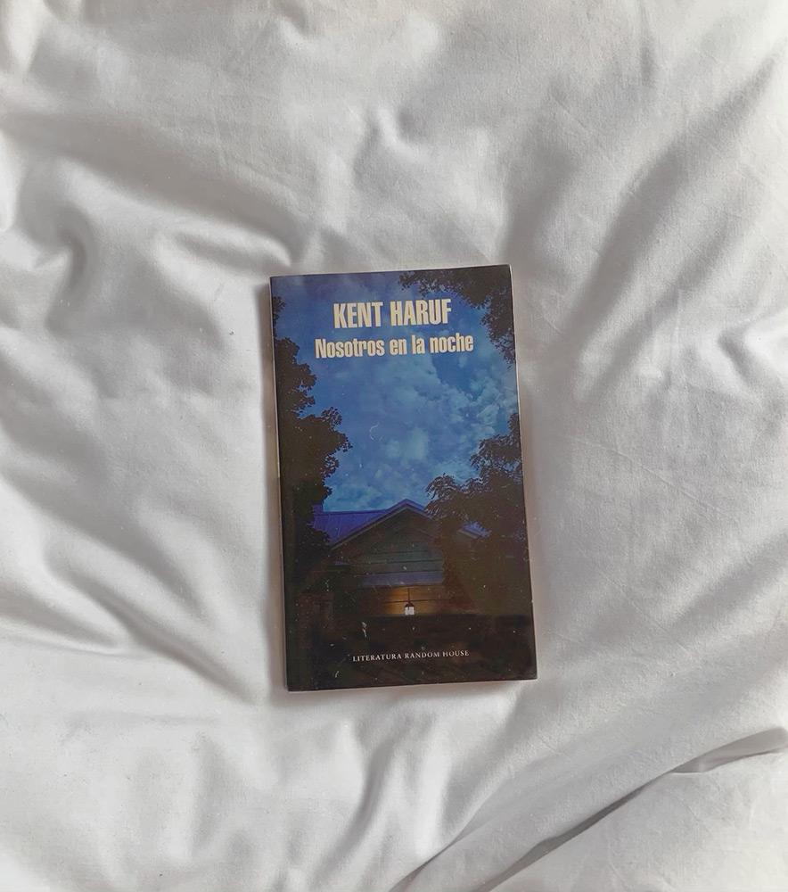 Reseña: Nosotros en la noche. Kent Haruf