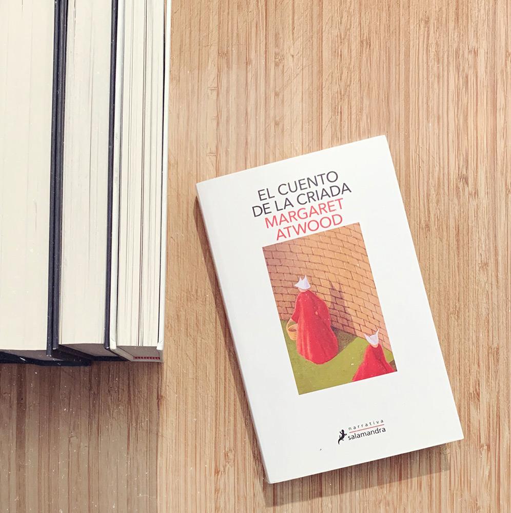 Reseña: El cuento de la criada. Margaret Atwood
