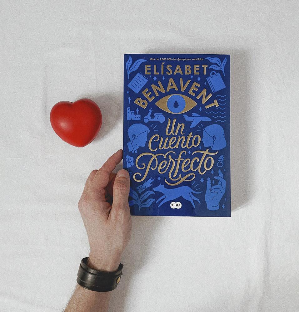 Reseña: Un cuento perfecto. Elisabet Benavent