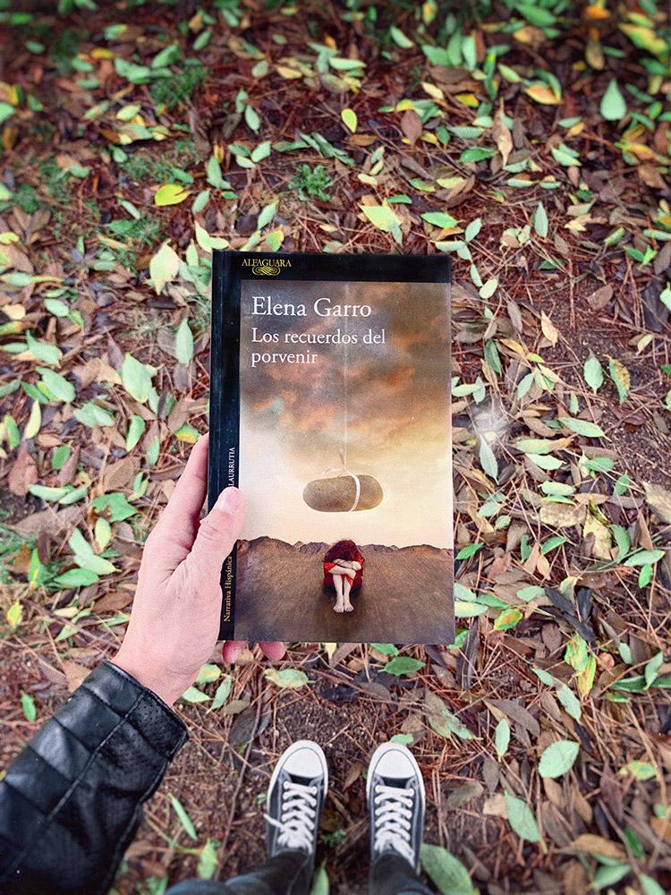Reseña: Los recuerdos del porvenir. Elena Garro
